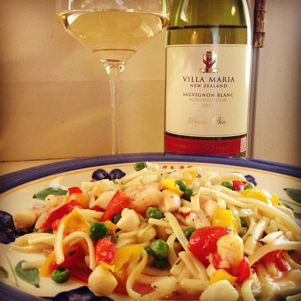Villa Maria Sauvignon Blanc with my shrimp and scallop scampi